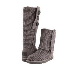 EUC!! UGG Sweater Boots